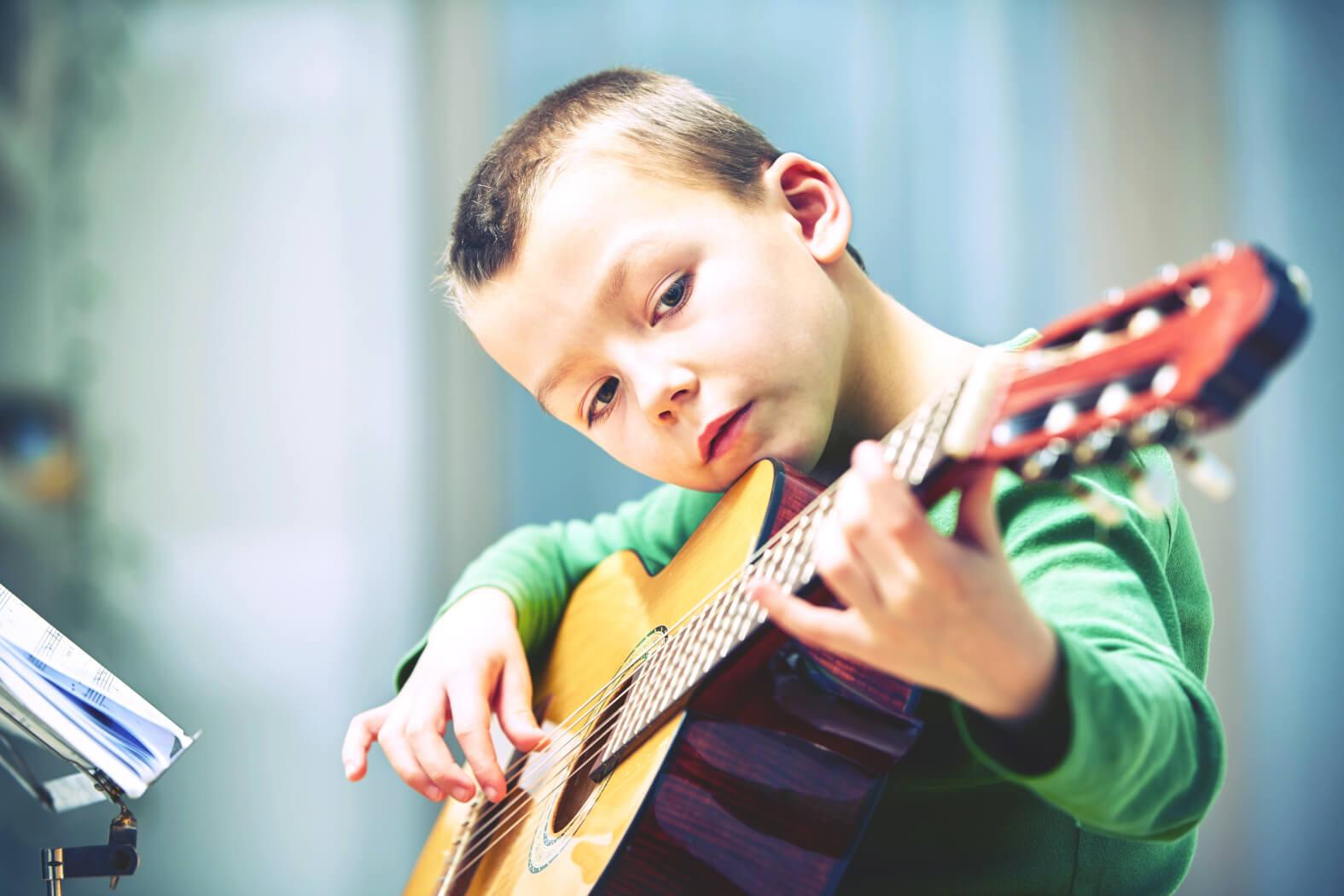 wahl-gitarre-fuer-kinder